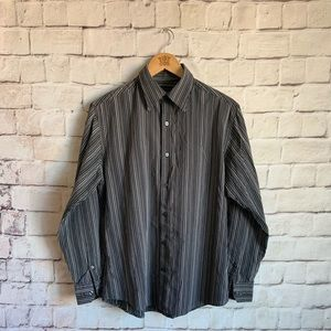 Axist Shirt Long Sleeve Button Front Modern Fit  M